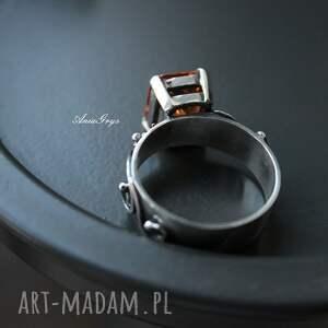 srebrne srebrny pierścionek miodowy