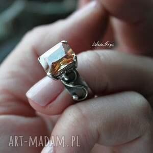 oksydowany pierścionek miodowy