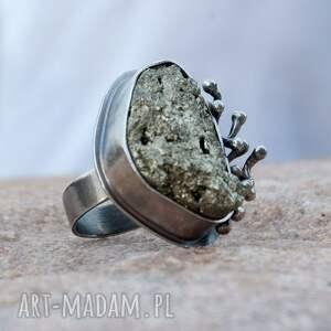 wyraziste pierścionki piryt pierścionek srebrny z surowym