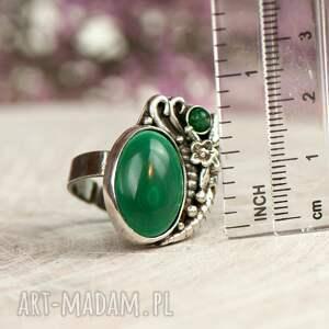 modne zielony pierścionek srebrny z malachitem