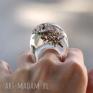 fioletowe pierścionki żywica pierścionek transparentny z gałązką