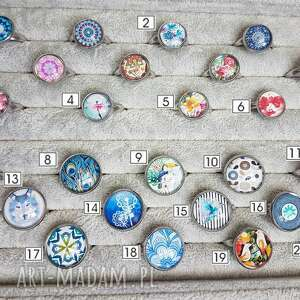 niebieskie kaboszon szklany pierścionek z kaboszonem nr 8 pawie