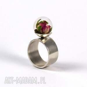trendy żywica pierścionek z naturalną różą