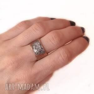 pierścionki pierścionek z oksydowanej miedzi