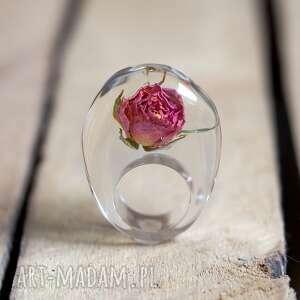 handmade pierścionki róża pierścionek z żywicy prawdziwą