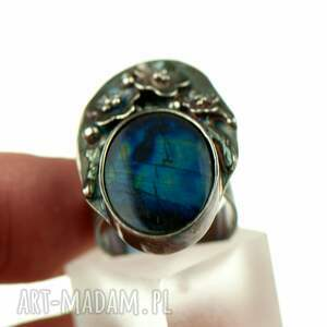 pierścionek z-kamieniem ze srebra z sylimanitem