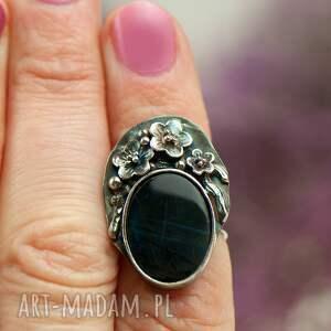 zdobiony pierscionek pierścionek ze srebra z sylimanitem