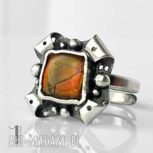 pomarańczowe pierścionki ognisty retro kwiat z ammolitem ognistym