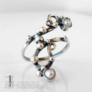 srebrne pierścionki regulowany sorbus i z perłą srebrny
