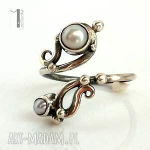 srebro pierścionki białe sorbus z perłą srebrny pierścionek