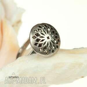 pierścionek-prezent pierścionki srebrny, ażurowy oksydowany