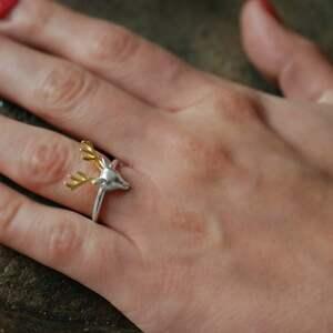 upominek świąteczny jeleń 925 srebrny pierścionek poroże