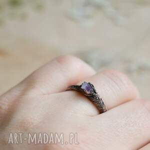 pierścionek ametyst surowy