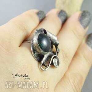 szare zieleń szmaragdowy mrok - pierścionek