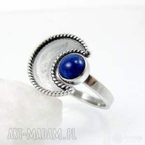 niekonwencjonalne pierścionki regulowany w ramionach księżyca - lapis lazuli
