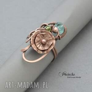 pierścionki kwiatek water lilly - pierścionek z kwiatem