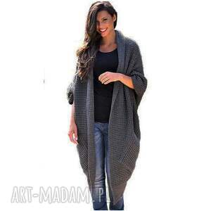 szare płaszcze asymetryczny długi sweter
