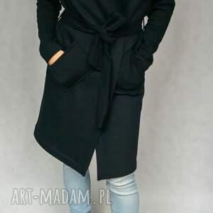 Black Hood płaszcz dresowy czarny z kapturem kieszenie