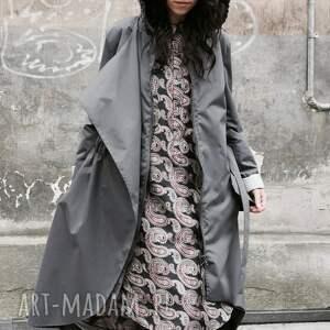 czarne płaszcze płaszcz asymetryczny