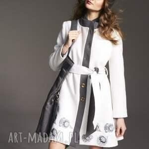 ręcznie zrobione płaszcze płaszczwełniany plaszcz krystyna 2143