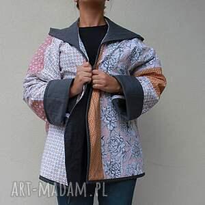 niebanalne płaszcze płaszcz patchworkowy waciak z kapturem, ręcznie uszyty