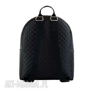 czarny plecak damski to nowość marki farbotka