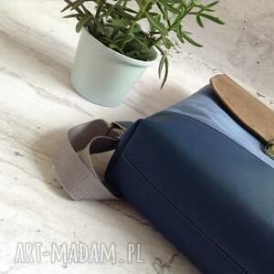 brązowe plecak do pracy