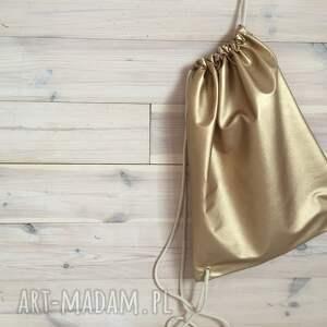 szare casual plecak miejski złoty