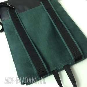 czarne plecak na laptopa
