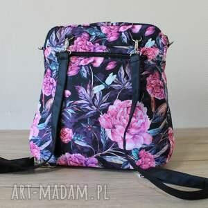 pomysły na prezenty na święta plecak torba listonoszka - piwonie