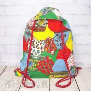 czerwone plecak worek jak patchwork