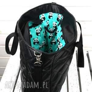 mama podróżne torba do wózka pikowana czarna