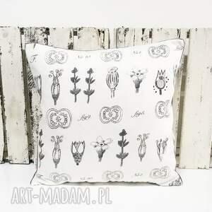 intrygujące poduszki dekoracyjne komplet 3 poduszek dekoracyjnych