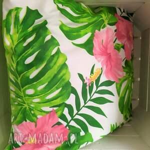poduszki poszewki komplet wiosennych poduszek