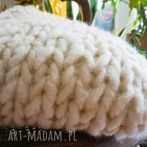 wyraziste poduszki poduszka chunky white