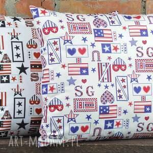 poduszki: Poduszka dekoracyjna z motywem 40x45cm prezent