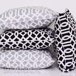 białe poduszki poduszka imperial trellis black