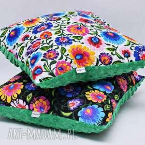 Uszyciuch poduszki: Poduszka łowicka biała z zielonym minky