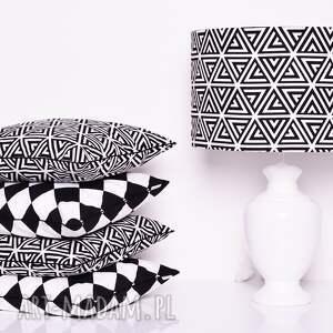 modne poduszki poduszka dekoracyjna pyramids black 40x40cm