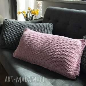 różowe poduszka poduszki ręcznie dziergane w oryginalny wzór