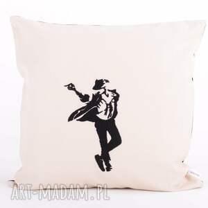 beżowe poduszki poduszka z-haftem z haftem 40x40cm - tancerz