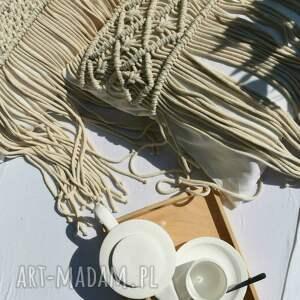 ręczne wykonanie poduszki poduszka z ręcznie wyplecioną