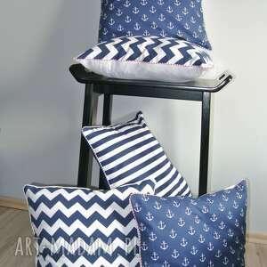 niebieskie poduszki poszewka na poduszką w stylu