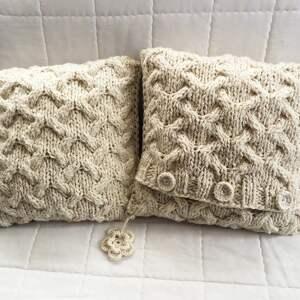 niepowtarzalne poduszki robione ręcznie wełna