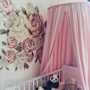 ciekawe pokoik dziecka baldachim pudrowy róż