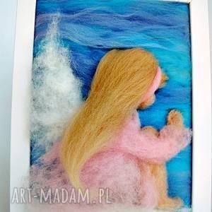 różowe pokoik dziecka anioł bujający w obłokach stróż