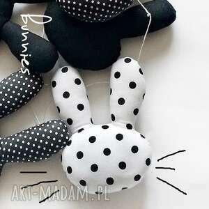 pokoik dziecka królik bunnies - girlanda z biało czarnych