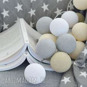 urokliwe pokoik dziecka pokój cotton ball lights by pretty
