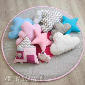 pokójdziewczynki pokoik dziecka duża poduszka gwiazdka różowa