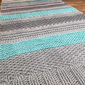 turkusowe pokoik dziecka dywanmieta mięsisty i miły w dotyku, wykonany ze sznurka